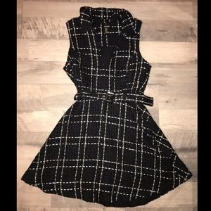 Forever 21 Dresses - NWOT❗️Quilted Collared Dress